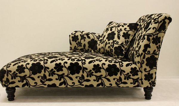 patterned-upholstery-chaise-lounge