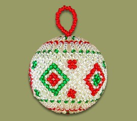 beaded-christmas-ball