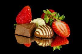 strawberries-1223153_640